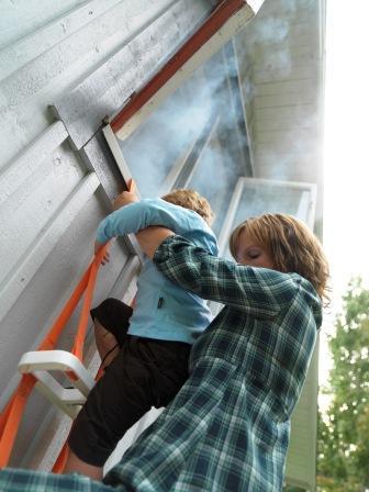 Hans Andersson, brandskyddet, brandskydd, Räddningstjänsten, bostadsbränder, Brandskyddsföreningen, brinna, eldar, spis, kamin, eldstäder, brandförlopp, brandsläckare, brandfilt, brandvarnare, säkerhet, tips, produkter, brandprodukter, säkerhetsprodukter, Brandbox, brandsäker, förvaring, www.scandinaviansafe.se, pulversläckare, www.brandsakra.se, Brandstege, räddningsstege, www.incorp.se