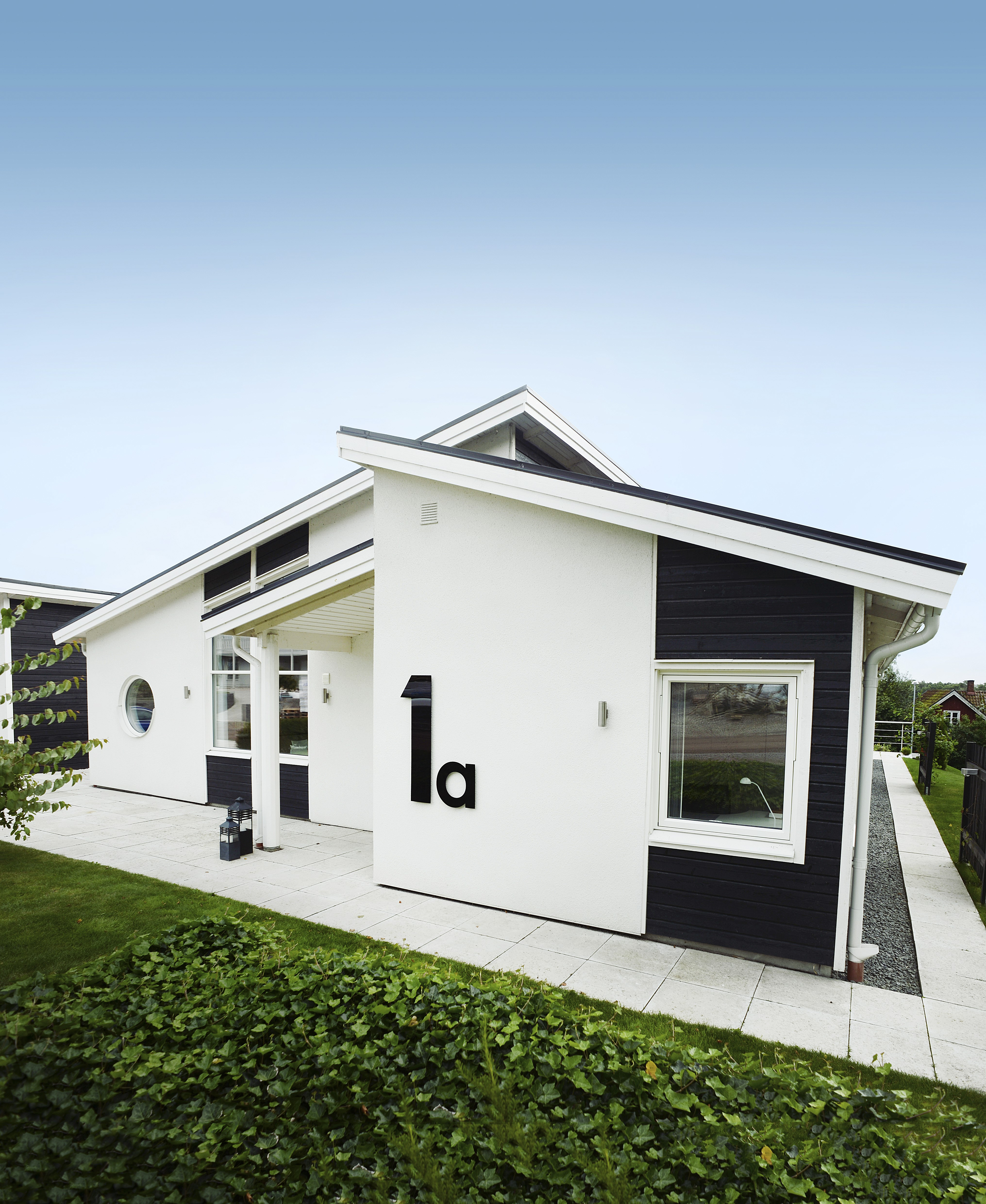 stående eller liggande panel utomhus